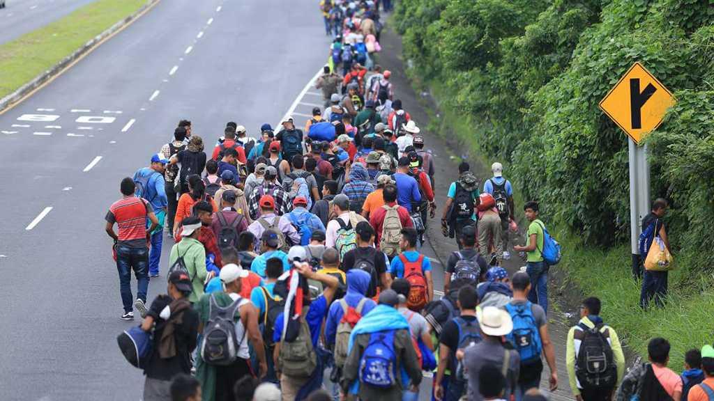 Trump Warns Arizona «Bracing» for Massive Migrant Influx