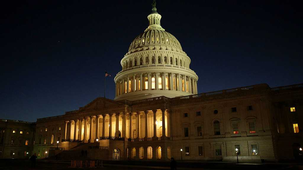 US Senate Authorizes Gov't Funding to Avert Shutdown
