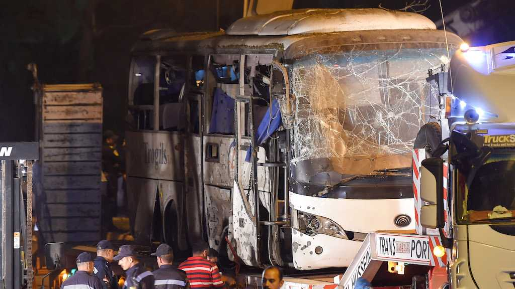 Egyptian Forces Kill 40 Militants after Tourist Bus Bombed
