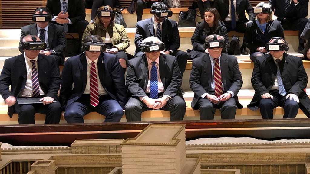 Zarif Criticizes US Blind Policies in the Region