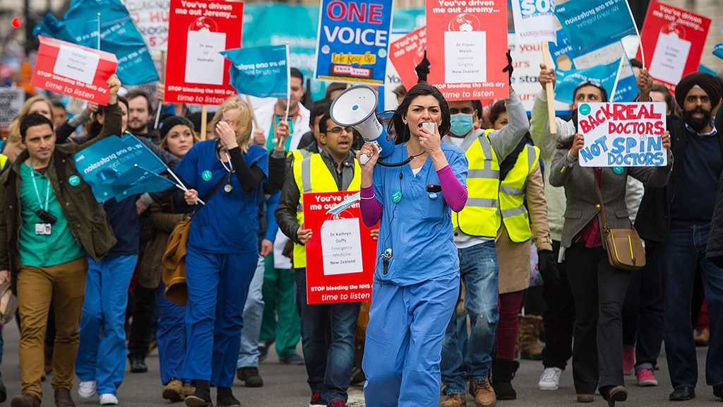 Strike by Thousands of Junior New Zealand Doctors Cripples Hospitals