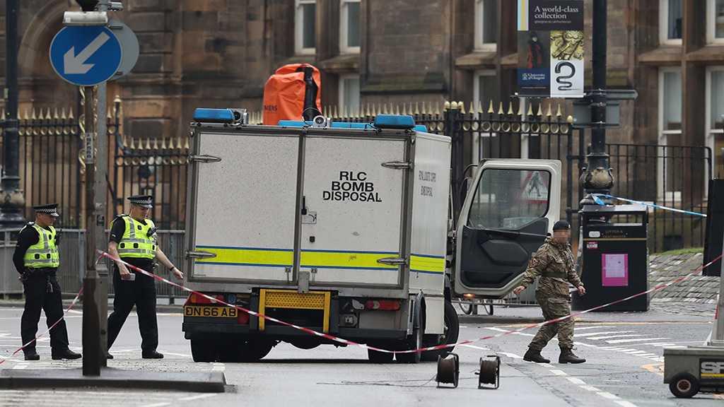 London Mosque Attack: Men Assault Muslim Worshipper with 'Batten and Hammer'