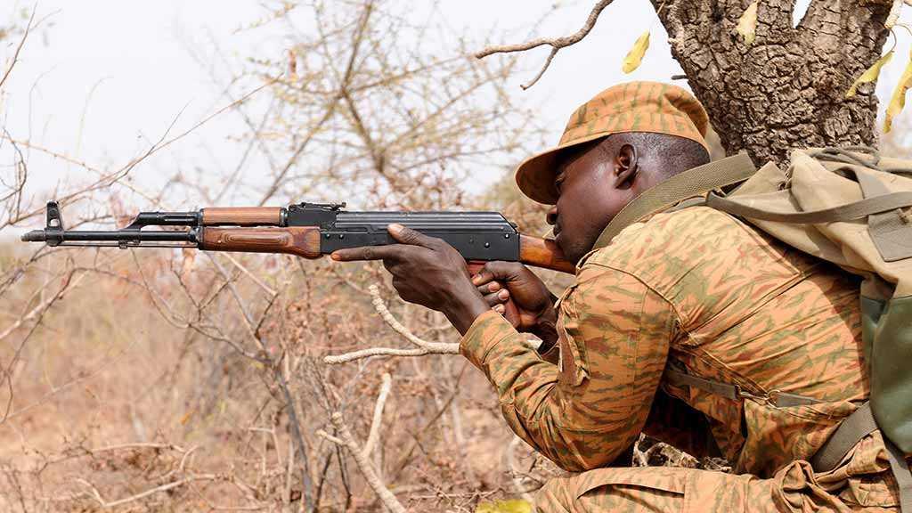 HRW: Burkina Faso Forces, Militants Execute Dozens of Civilians