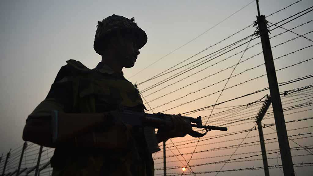 India Pakistan Trade Heavy Cross-Border Fire and Shelling