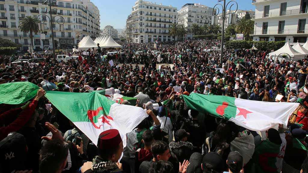 Algeria Protesters Keep up Pressure on Regime