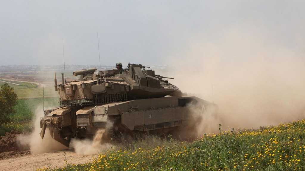 'Israeli' Tanks, Aircraft Strike Hamas Positions in Gaza