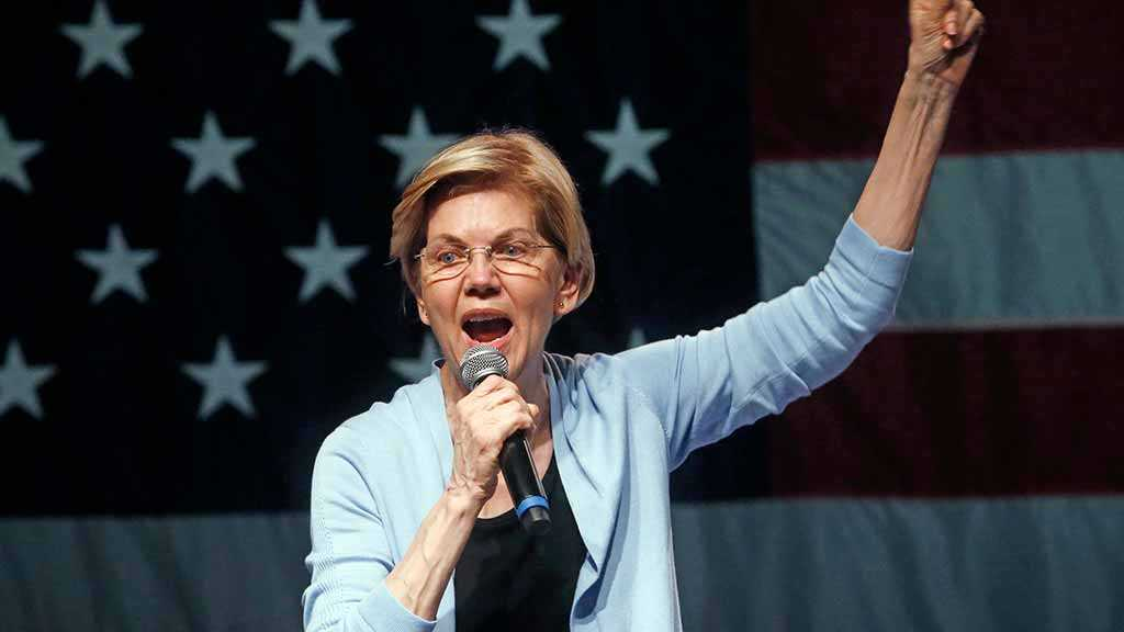 Elizabeth Warren Calls For Trump's Impeachment