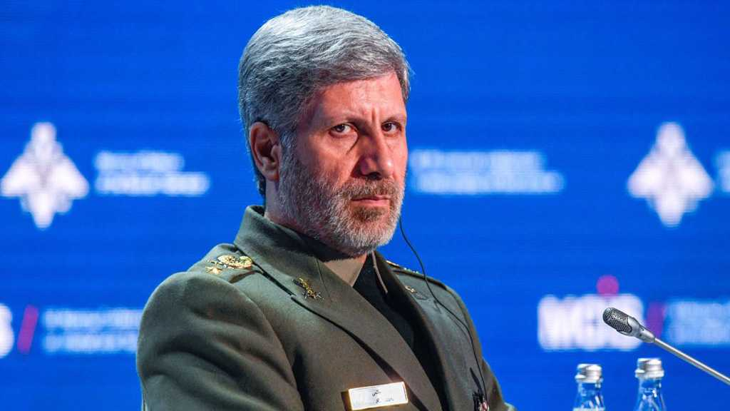 Hatami from Moscow: Iran to Fight US Economic Terror with Defensive Might