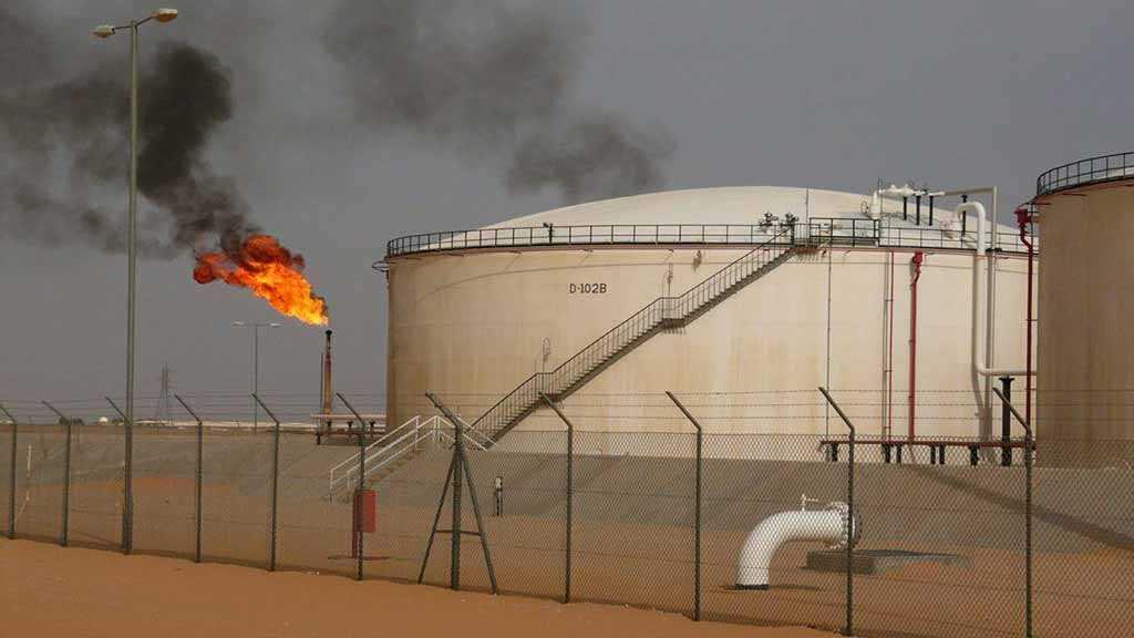 Libyan Guards Repel Assault on Oil Field