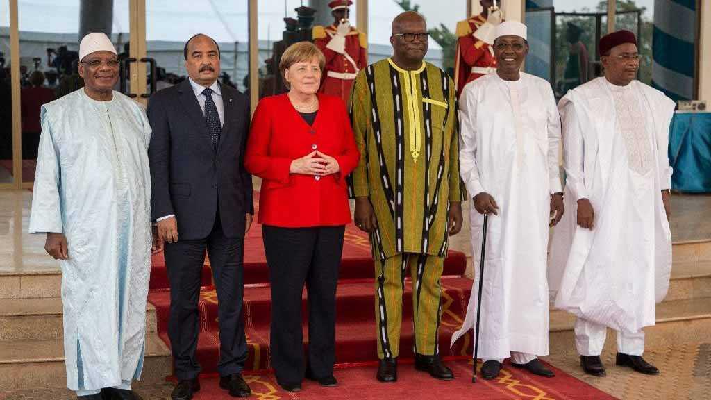 Merkel Promises Aid to Fight Takfiris in Burkina Faso