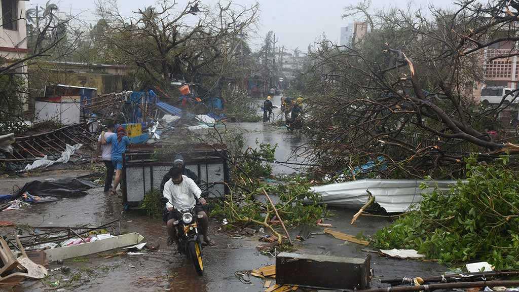 Cyclone Fani: At Least Nine Dead as Storm Hits Bangladesh