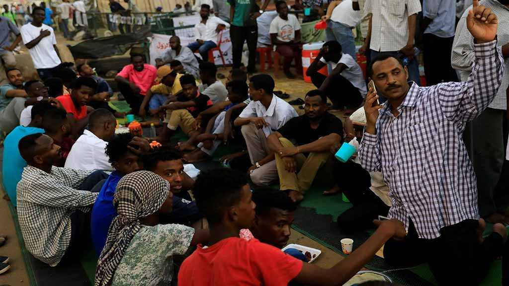 After Ousting Bashir, Sudan's Activists Struggle to Loosen Military's Grip