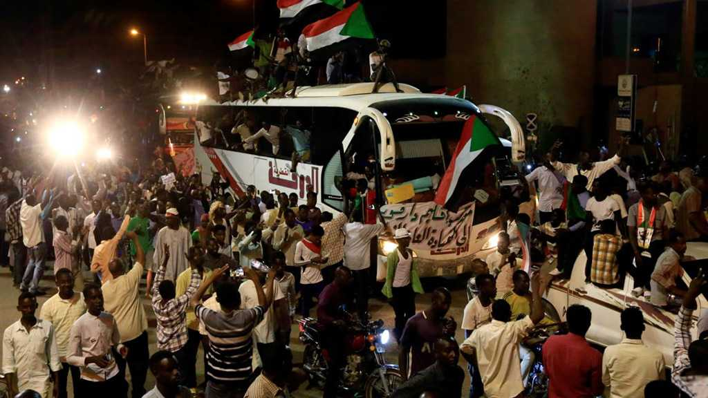 Sudan Crisis: Talks Stall, Military Demands Barricades Removed