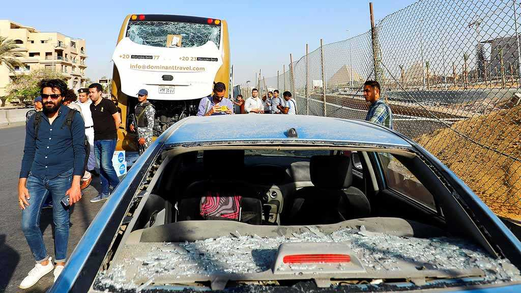 Egypt Explosion: Bomb Blast Hits Tourist Bus near Pyramids, Injuring 17