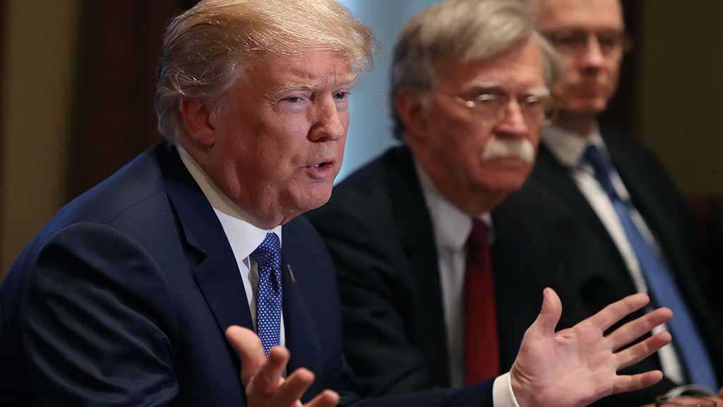 Democrats Raise Alarm over Trump's Increasing Threats to Iran