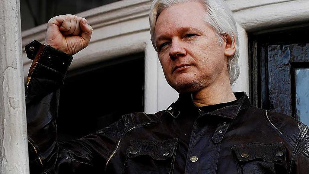 US Slaps WikiLeaks Founder with 17 More Charges under Espionage Act