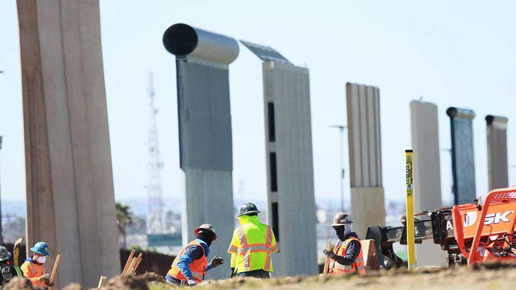 US Federal Judge Partially Blocks Trump's $1 Billion Border Wall Plan
