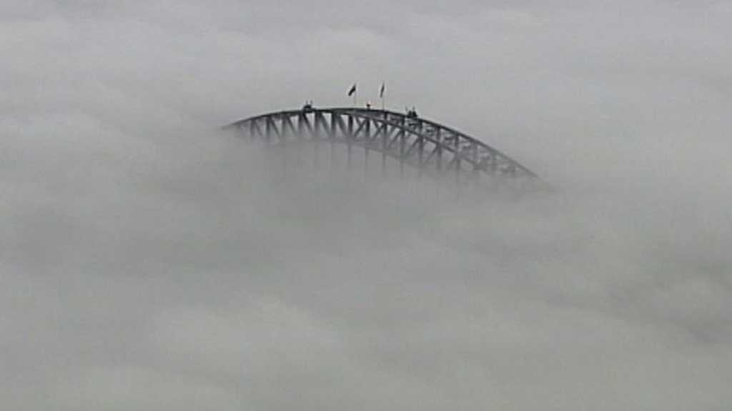 Thick Fogs Blanket Sydney, Causes Flight Delays