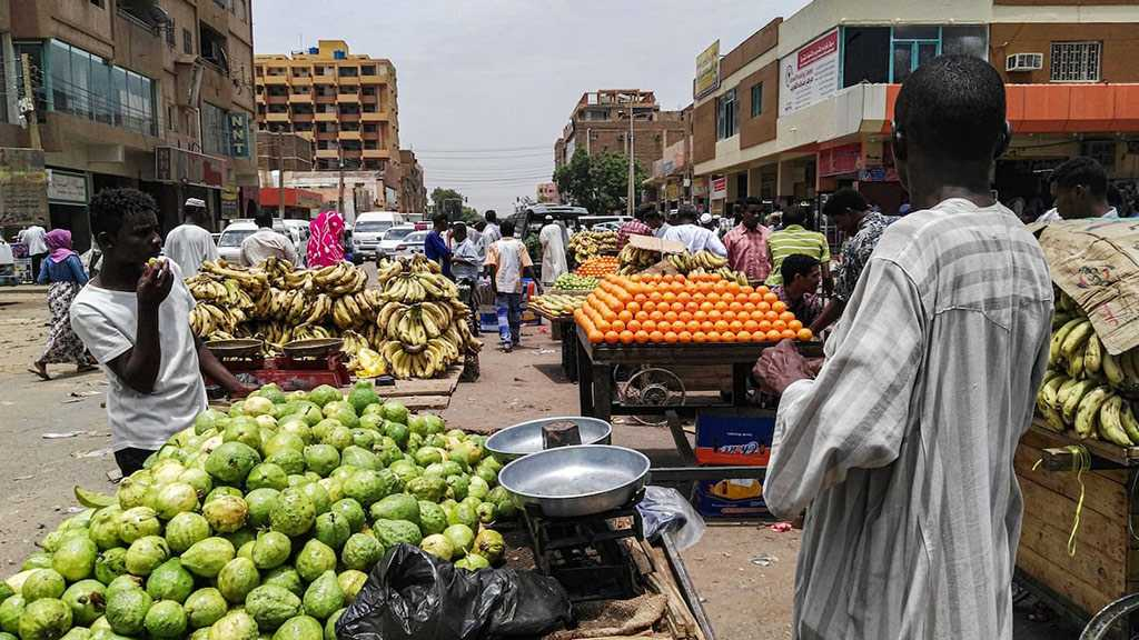 Shops Reopen As Sudan Protesters Agree to Talks with Generals