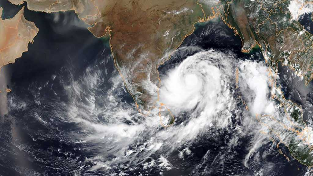 India Cyclone: 300k Evacuated as Country Braces for Hurricane