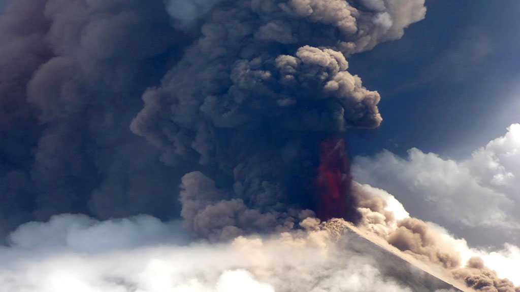 Papua New Guinea Deploys Army to Help Volcano Emergency