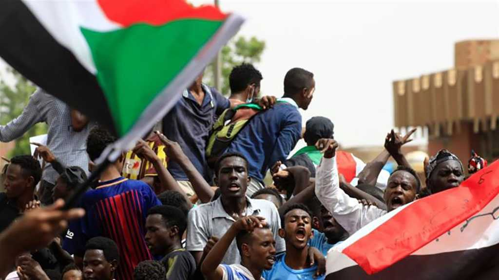 Sudan Crisis: 5 Protesters Killed in 'Million March' against Military Rule