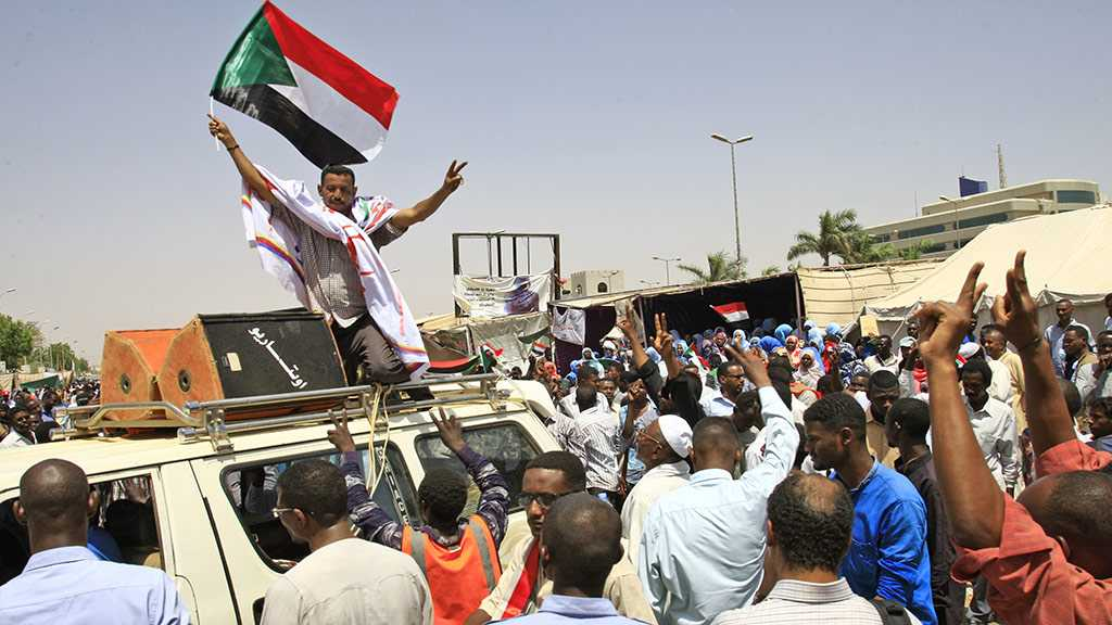 Sudan Protest Leaders Cancel Tuesday Talks with Generals