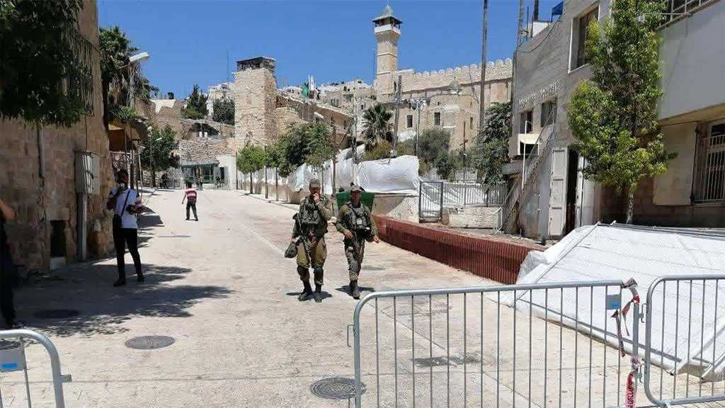 'Israeli' Occupation Forces Close down Al-Khalil's Old City Ahead of Netanyahu's Visit