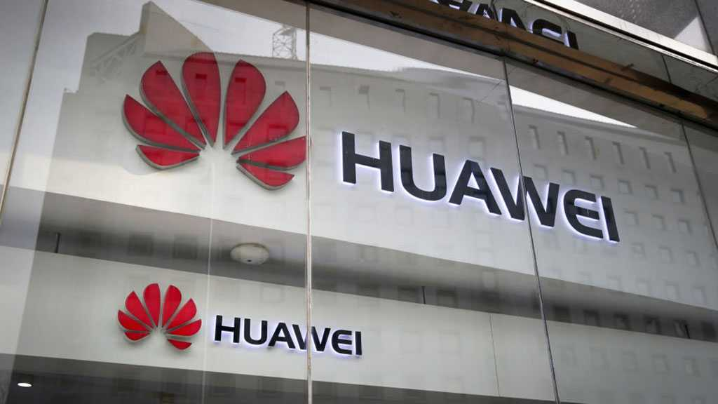 Despite US Crackdown on Huawei, People Continue to Buy Its Products