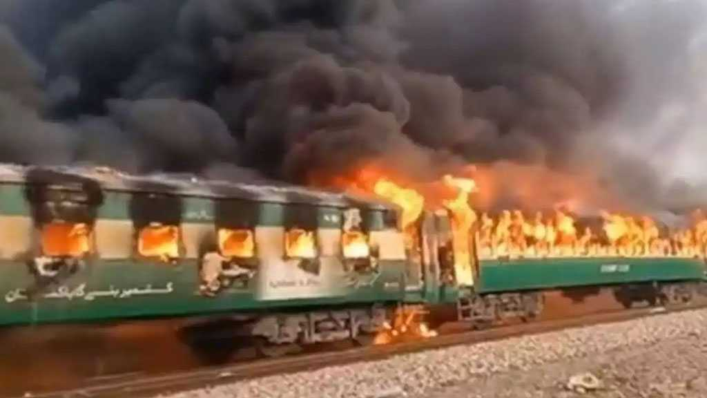 Over 65 Killed in Gas Canister Blast, Fire on Pakistan Train