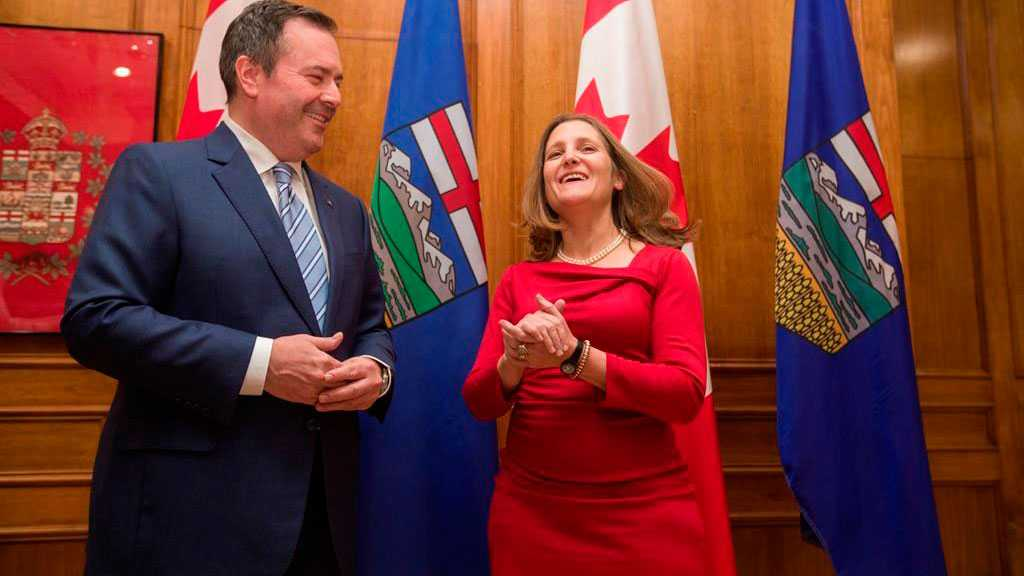 Canadian Deputy PM, Alberta Premier Agree to Search for Common Ground