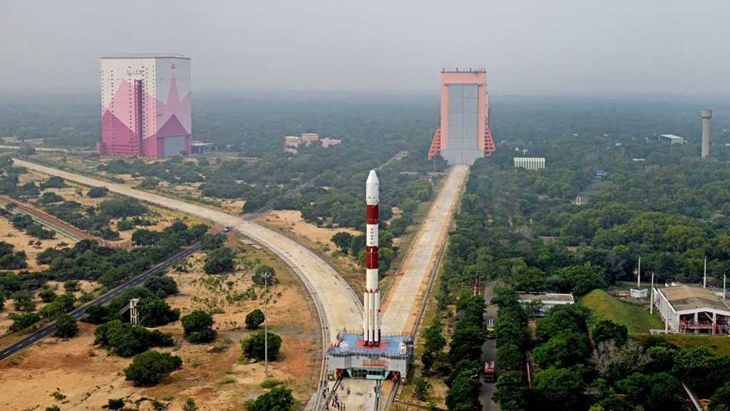 India Launches Cartosat-3 Observation Satellite, 13 Other Craft into Orbit