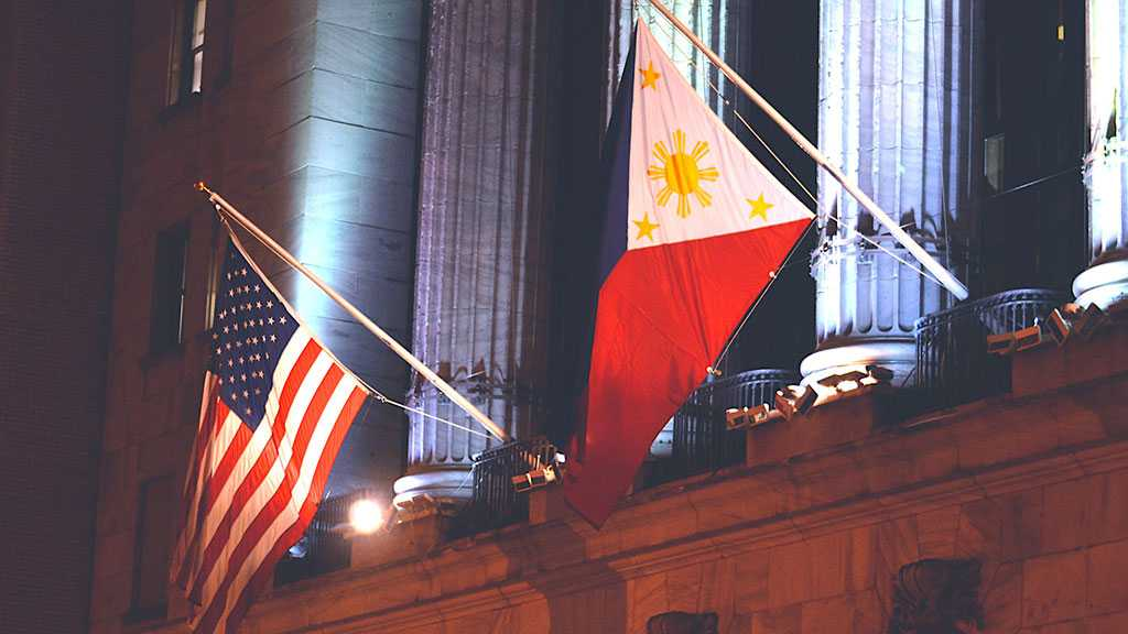 Philippines Bans Two US Senators, Considers Imposing New Visa Restrictions for Americans