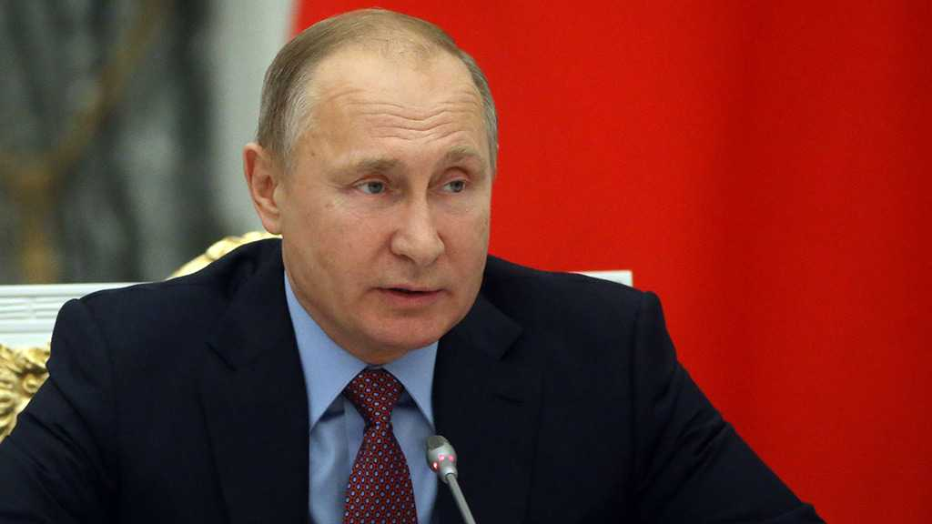 Putin Keeps Key Ministers in New Russian Gov't
