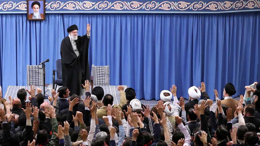 Imam Khamenei: Trump's 'Deal of the Century' Will Die Before He Does