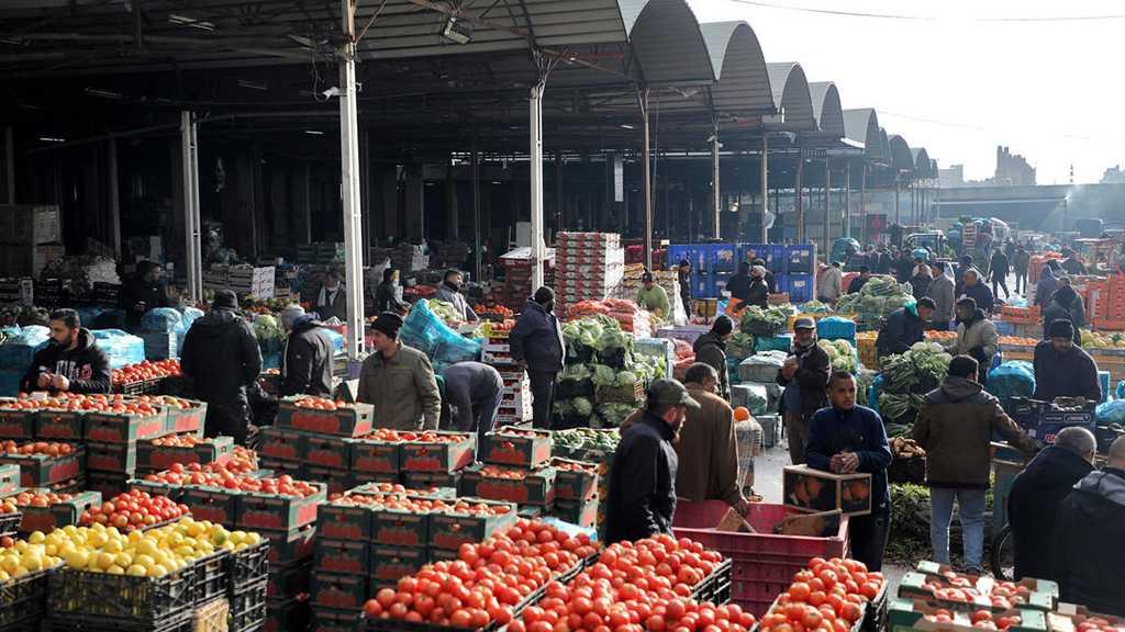 Bankrupt 'Israel' Blocks Palestinian Agricultural Exports