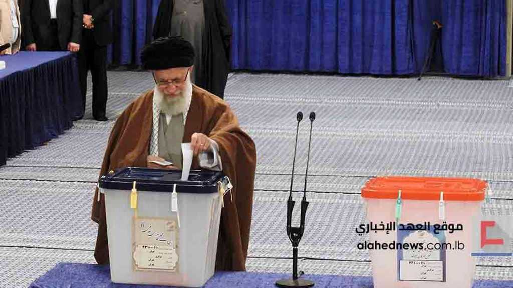 Imam Khamenei Votes in 11th Parliamentary Elections