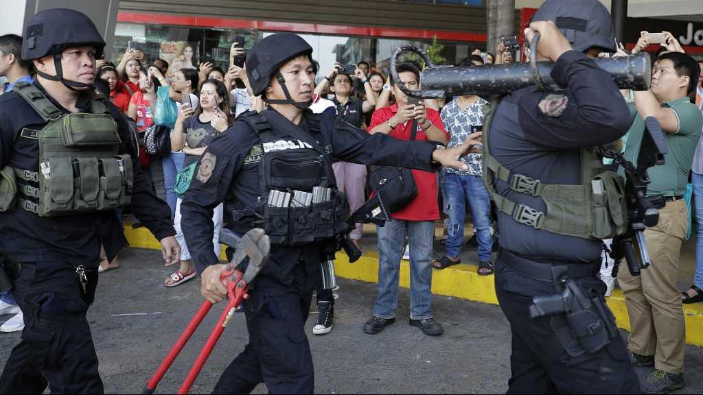 Gunman Holds Dozens of People Hostage in Manila Shopping Mall