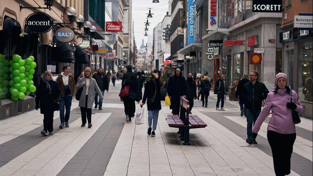 Sweden's Schools, Restaurants Still Open Amid Covid-19