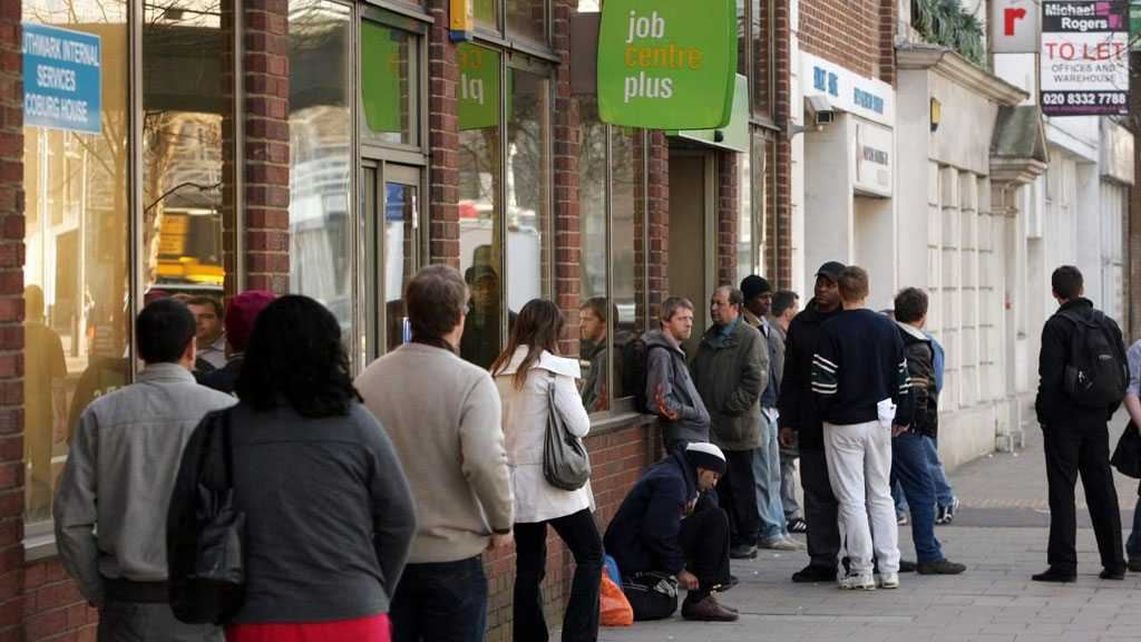 Ex-Chancellors Warn UK to Face '1980s-Level' Unemployment in Wake of COVID-19 Pandemic