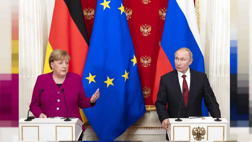 Putin, Merkel Call US Sanctions Pressure against Iran 'Pointless'