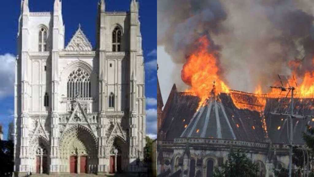 Flames Destroy France's 15th-Century Nantes Cathedral