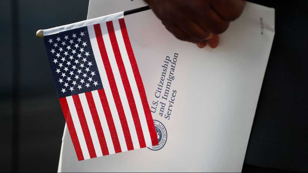 A Record Number of People Are Giving Up Their US Citizenship, According to New Research. Here's Why