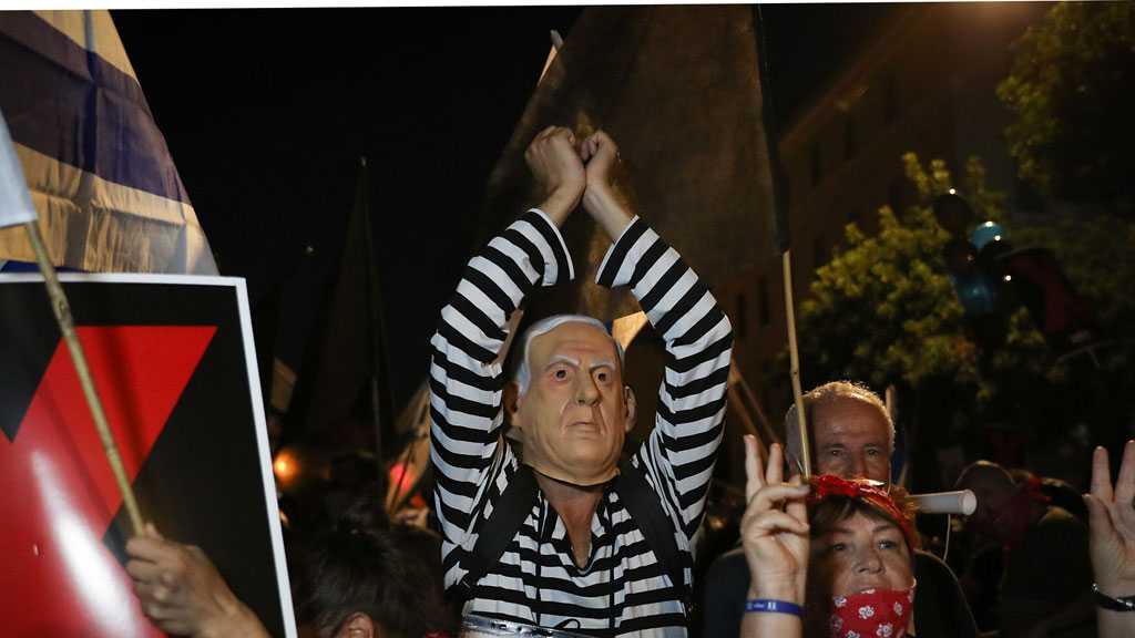 Hundreds Protest Against Netanyahu, Block Roads in Tel Aviv, Haifa