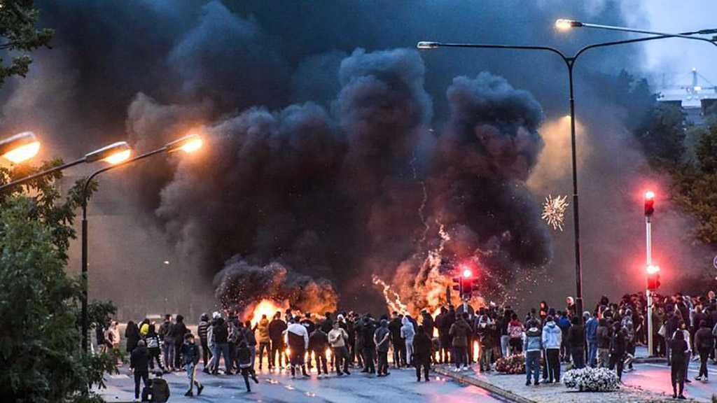 """Swedish Police """"Have No Control"""" as Quran Burning Sparks Riots in Malmo"""