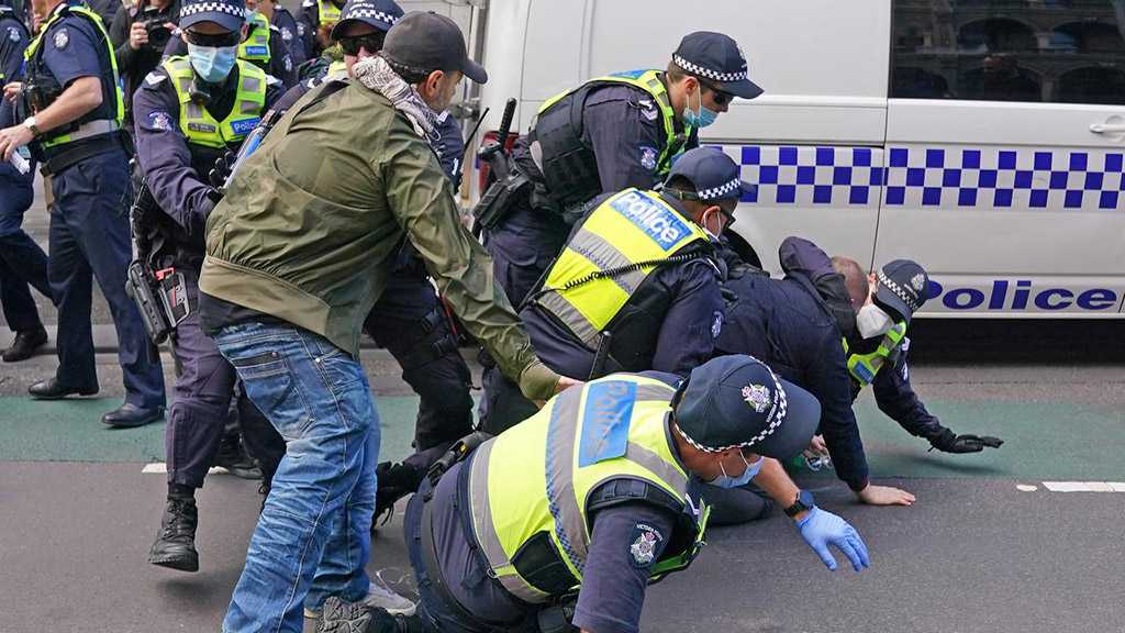 Melbourne Police Clash with Anti-Lockdown Protesters
