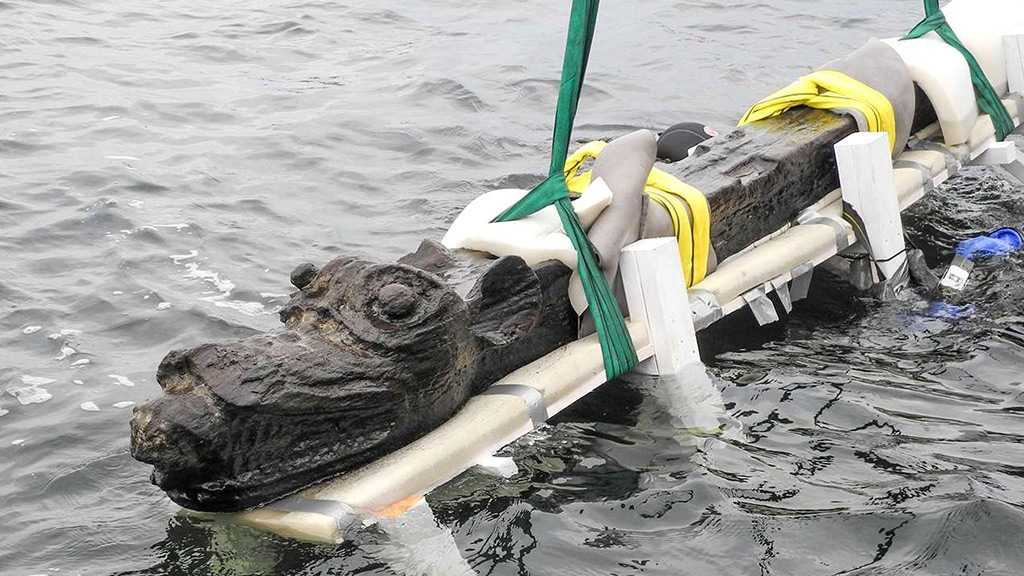 """Sea Monster"" Figurehead Recovered From 500-Year Old Shipwreck"