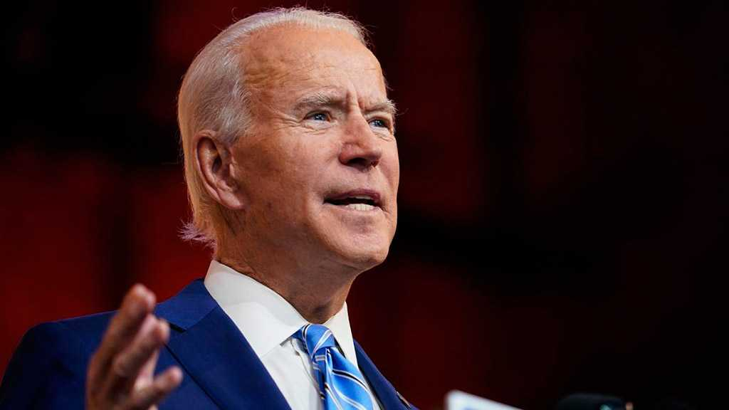 Biden Suffers Fractures in Foot, Needs to Wear Protective Boot for Weeks