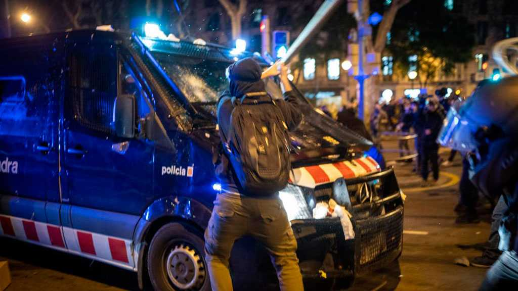 Spain: Police, Protesters Clash For 3rd Night Over 'Freedom of Speech'