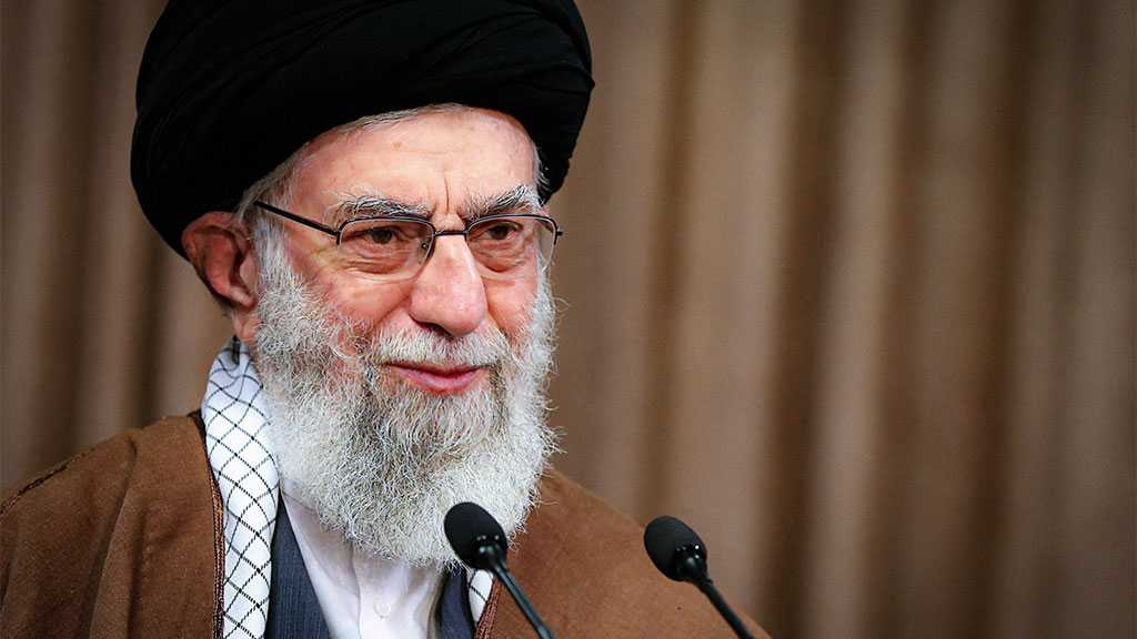 Imam Khamenei Urges IRG to Keep Up 'Great Efforts'